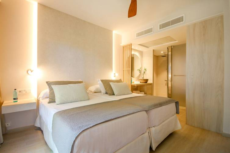 Suite blau colonia sant jordi resort & spa majorca